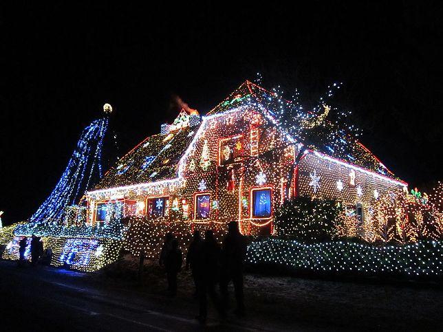 Świąteczne iluminacje domów. Niemcy depczą po piętach Amerykanom