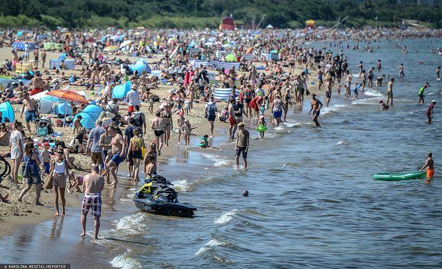 Wakacje 2021 za pasem. Sprawdziliśmy, jak Polacy zamierzają spędzić urlop
