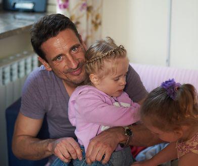 """Jest mamą i tatą jednocześnie. """"Tak naprawdę dziecko potrzebuje jednej osoby"""""""