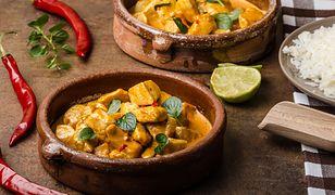 Rozgrzewające curry z kurczaka