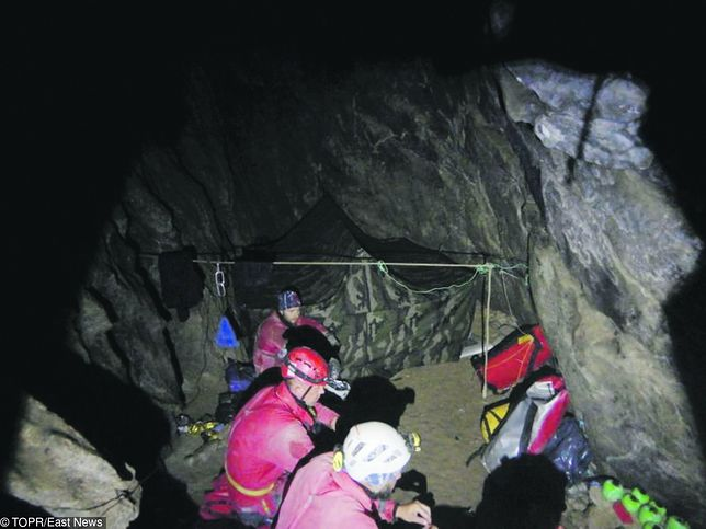 Tatry. Jaskinia Wielka Śnieżna. Ratownicy TOPR dotarli do ciał grotołazów