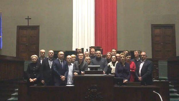 Oświadczenie zjednoczonej opozycji ws. tragedii w Berlinie. Internet wyśmiewa posłów Nowoczesnej i PO