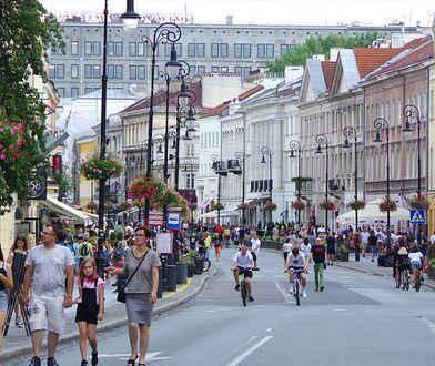 Warszawa. Na Nowym Świecie zwiększone zostaną środki bezpieczeństwa