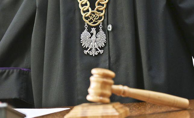 Warszawa. Sąd wymierzył bezdomnej kobiecie karę