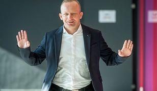 Paweł Olszewski twierdzi, że wojewoda PiS wynajmując mieszkanie nie odprowadza podatku