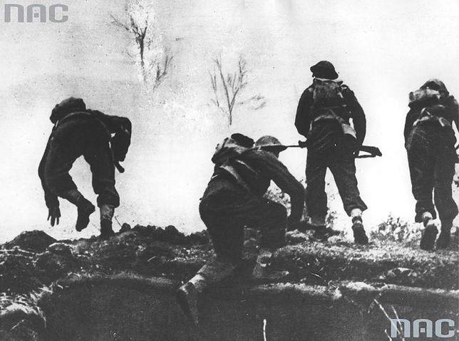Piechota 2. Korpusu Polskiego w czasie natarcia na Monte Cassino