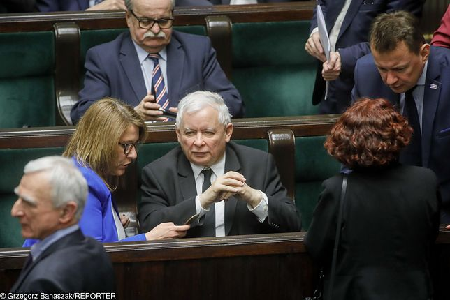 Beata Mazurek i Jarosław Kaczyński.