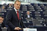 PE krytykuje pakt fiskalny, popiera postulat polskiego rządu