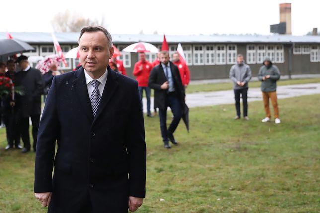 Prezydent RP Andrzej Duda podczas wizyty w Miejscu Pamięci II wojny światowej w Oranienburgu, w dawnym obozie Sachsenhausen. Niemcy, 9 listopada br.