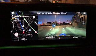 Nawigacja w nowym Mercedesie GLE (2019) - jak działa w mieście?