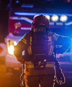 Jarocin. Chciał podpalić siebie i policjantów. Oblał ich benzyną