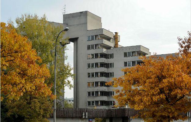 budynek przy ul. Sobieskiego 100 w Warszawie