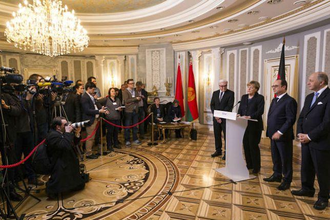 Nowe sankcje UE wejdą w życie mimo porozumienia w Mińsku