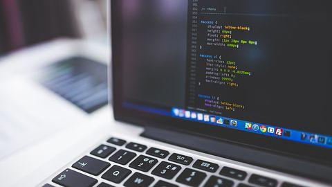 Najpopularniejsze i najlepiej płatne języki programowania – warto je poznać lepiej