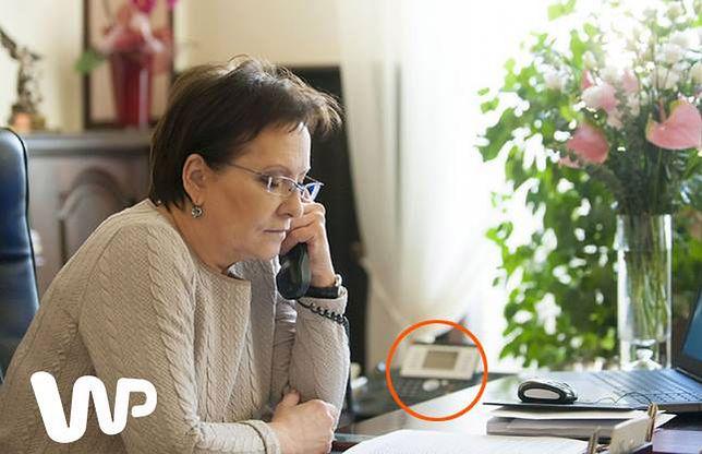 Internauci wyśmiewają Szydło, ale Ewa Kopacz też umie rozmawiać przez wyłączony telefon