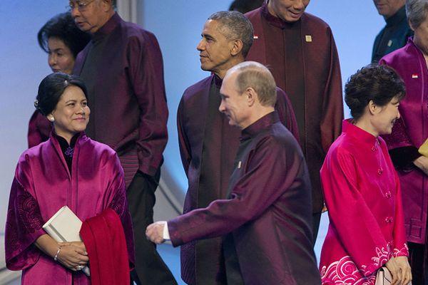 Barack Obama i Władimir Putin na szczycie APEC