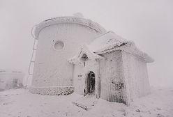 Karpacz. Próbowali sforsować drzwi kaplicy na Śnieżce