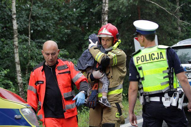 Tragiczny wypadek pod Stalową Wolą. Zginęli rodzice trójki chłopców