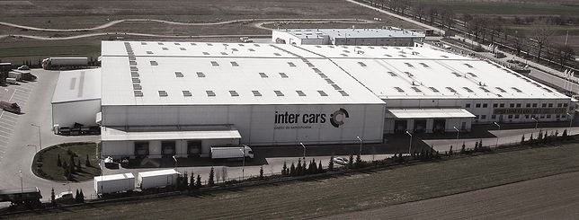 Centrum logistyczne Inter Cars w Czosnowie