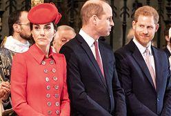 Topór wojenny zakopany? Kate i William mają specjalną wiadomość dla Harry'ego