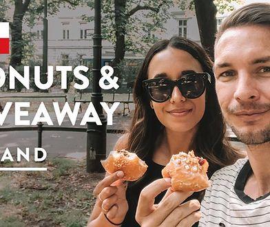 Podróżnicy są zakochani w polskich miastach oraz kuchni.