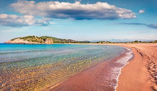 Iście rajskie plaże Zakynthos znajdziemy także z dala od najbardziej znanych kurortów na wyspie