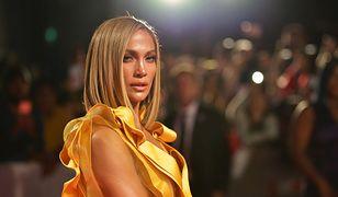 Jennifer Lopez przesadziła z Photoshopem