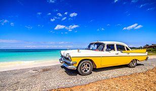 Charakterystycznym elementem krajobrazu Kuby są piękne, stare samochody