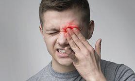 Zespół przemęczonych oczu - przyczyny, objawy, leczenie, domowe sposoby na zmęczone oczy