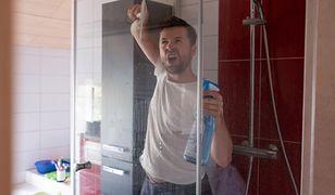 Domycie słuchawki prysznicowej wcale nie jest trudne