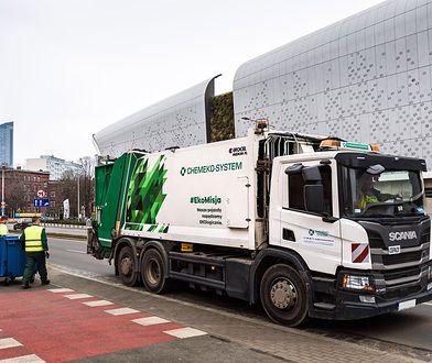 Wrocław. Nowy odbiorca odpadów na Krzykach. Oznacza to wymianę pojemników