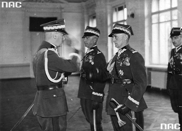 Ciężkie pobicie i więzienie za krytykowanie Józefa Piłsudskiego