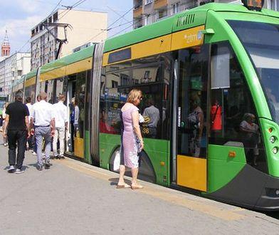 Poznań. Ogromny korek po zderzeniu tramwajów