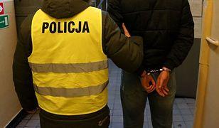 Bytom. Zarzut usiłowania zabójstwa dla 19-latka za atak na policjantów