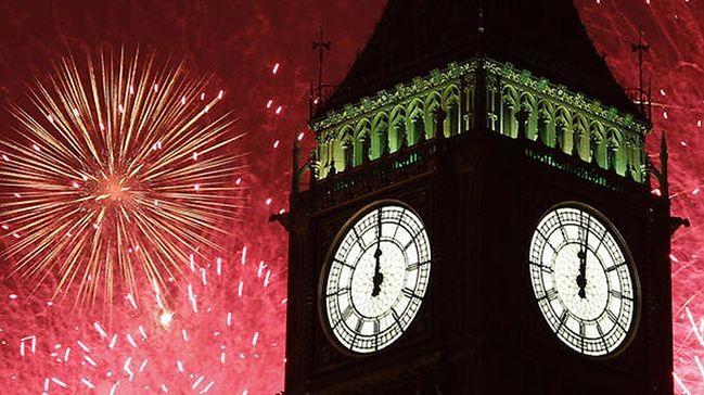 Polacy coraz częściej witają Nowy Rok za granicą. Oto najpopularniejsze kierunki