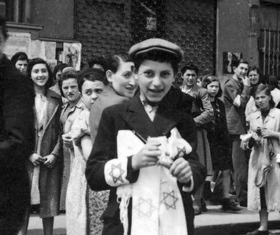 Opaski z gwiazdą Dawida - wstęp do Holokaustu