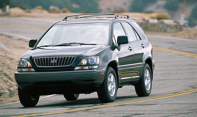 Lexus RX: historia prekursora crossoverów klasy premium