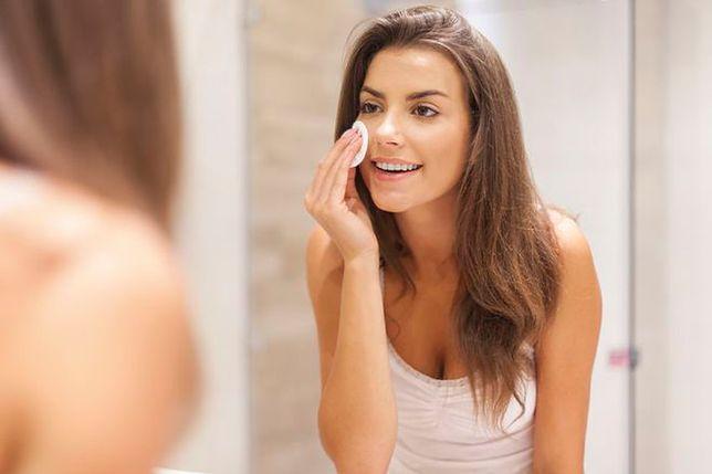 Jak prawidłowo zmywać twarz