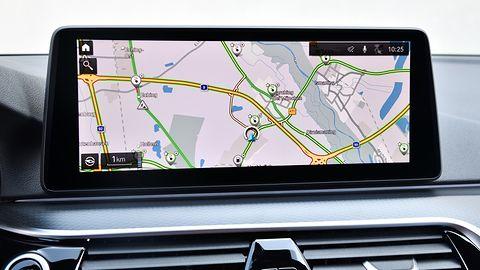 Stacje ładowania z ich statusem widoczne w systemach BMW Group