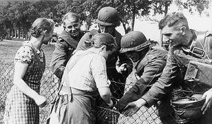 Nie tylko przedstawiciele niemieckiej mniejszości w Polsce (na zdjęciu) dobrze wspominali moment kontaktu z żołnierzami Wehrmachtu