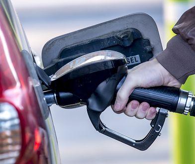 Choć paliwo już podrożało, warto zatankować do pełna. Na obniżkę nie ma co liczyć