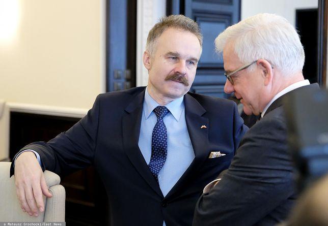 Prof. Waldemar Paruch - szef Centrum Analiz Strategicznych (obok szef dyplomacji prof. Jacek Czaputowicz) - zdj. arch.