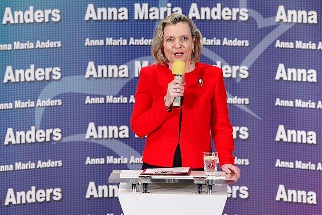 Anna Maria Anders pełni funkcję pełnomocnika prezesa Rady Ministrów ds. dialogu międzynarodowego