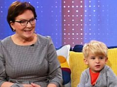 Ewa Kopacz ociepla wizerunek w telewizji śniadaniowej. Przyszła do programu z wnuczkiem