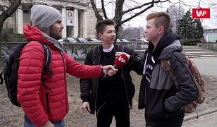 Film Wajdy utrwalił krzywdzący mit o polskim wojsku. Obalamy go