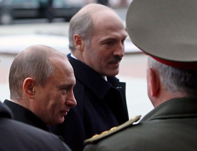 Prezydenci Putin i Łukaszenka od dawna prowadzą grę o wysoką stawkę