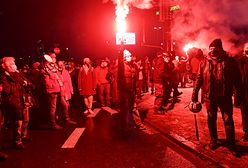 Strajk Kobiet w Warszawie. Kilkanaście osób zatrzymanych. Ranny został policjant