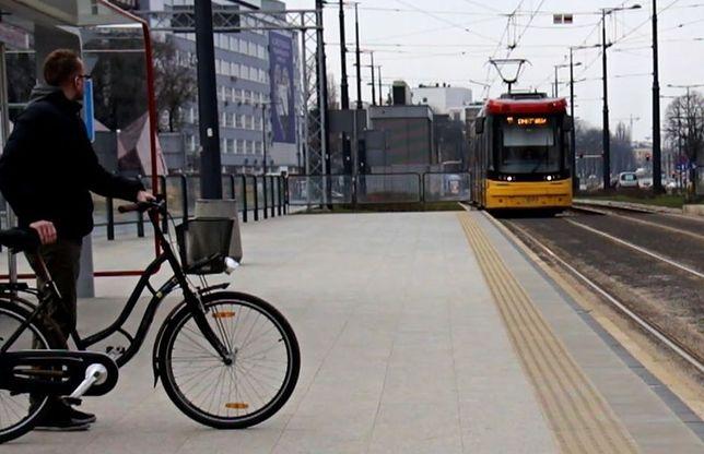 Jak prawidłowo przewozić rower w komunikacji? [WIDEO]
