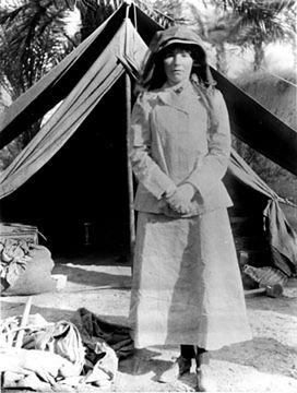Gertrude Bell podróżowała na Bliski Wschód