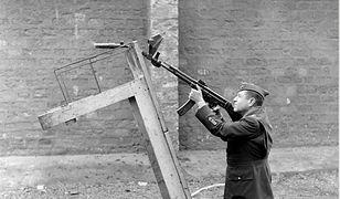 Wunderwaffe (2). Krummlauf, czyli karabinek Sturmgewehr 44 z krzywą lufą